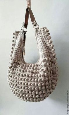 Crochet - inspiration only, Brazilian made, no pattern. Like how the strap is attached, love the bobbles/popcorn texture.: