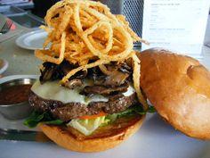 ホノルル「ザ・カウンター」のハンバーガー