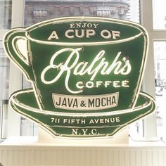 """simpleclassychic: """" Finally visited Ralph's Coffee Shop while in NYC and it definitely didn't disappoint ☕️ #latergram #whileinnyc #ralphs (at Ralph's Coffee Shop) """""""