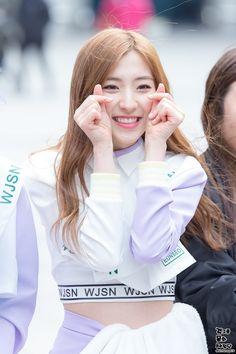WJSN ♡ Eunseo 은서 (Son Juyeon 손주연) at Music Core mini fanmeeting 160312 #우주소녀 음악중심 미니팬미팅