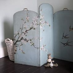 Screen to hide toys.  Inspirational images and photos of Children's Rooms : Remodelista