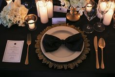 Stunning black and gold themed table setting. Old Hollywood Glamour Styled Shoot www.trulyandmadly.com #wedding #table #setup