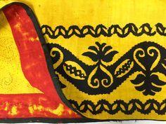 Anteayer Indumentaria — Tres modelos de sayas antiguas castellanas, a la...