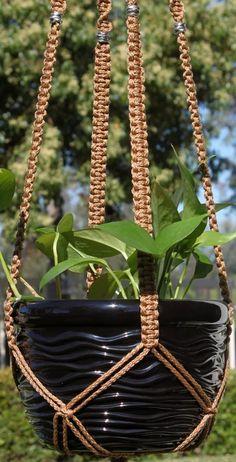 Macrame Plant Hanger Patterns to Embellish Any Rustic or Modern Space, #Embellish #Hanger #macramé #Modern #Patterns #Plant #Rustic #Space,Macrame Eye Candy-designrulz (21)...
