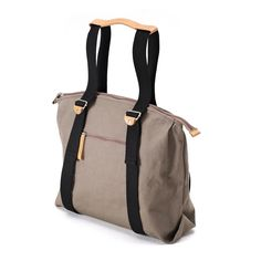 QWSTION - SIMPLE ZIPTOTE - ORGANIC CARIBOU - We've always liked simple holdalls, but also the comfort of a backpack when carrying some weight. Our new Simple Ziptote offers both. With a volume suited for daily use, an outside and some inside pockets and our Simple-Strap-System®, you get lots of versatility with classic style. #questionthenorm Artistic Installation, Classic Style, Gym Bag, Organic Cotton, Backpacks, Simple, Collection, Pockets, Bags
