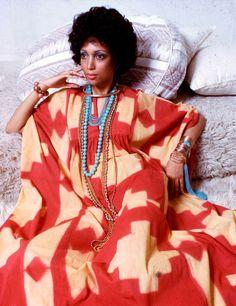 1976:+Los+vestidos+hawaianos+