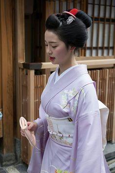 maiko geisha gion kyoto japan japanese                                                                                                                                                                                 Más