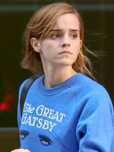 Celebs Who Look Amazing Without Makeup Emma Watson without makeup is a great example of just being confident and living healthy really shows on her naturally beautiful face. Emma Watson Linda, Style Emma Watson, Emma Watson Belle, Emma Watson Stil, Ema Watson, Emma Watson Beautiful, Emma Watson Sexiest, Emma Style, Cindy Crawford