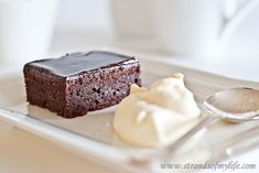 Chocolate Brownies - gluten-free and low FODMAP. http://www.strandsofmylife.com