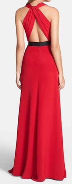 belted crepe gown  http://rstyle.me/n/syfyypdpe