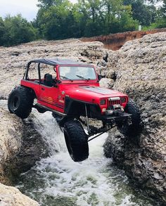 """This is just a little touch into my addiction w/ Jeeps & Bronco's & wheel'n . East Michigan where there's a group of us mostly YJ's """" not planned """" that travel to Indiana , Kentucky, Ohio. Toyota Pickup 4x4, Jeep Wrangler Yj, Offroad, Monster Trucks, Jeeps, Vehicles, Jesus Christ, Outdoors, Cars"""