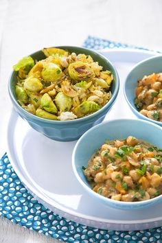 100 % Végétal: Curry thaï de pois chiches & riz aux choux de Bruxelles poêlés
