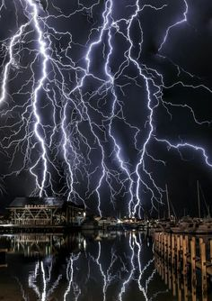 Science Discover Lightening over the Ocean -Florida Lightning Photography Nature Photography Pictures Of Lightning Força Interior Thunder And Lightning Lightning Storms Wild Weather Photo Portrait Lightning Strikes Lightning Photography, Nature Photography, Photography Tips, Portrait Photography, Wedding Photography, Nature Pictures, Cool Pictures, Pictures Of Lightning, Força Interior