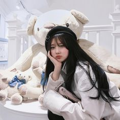 Ulzzang Korean Girl, Cute Korean Girl, Asian Girl, Light Pink Hair, People's Friend, Uzzlang Girl, Korean Couple, Pretty Asian, Korean Model