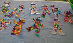 5ο ΝΗΠΙΑΓΩΓΕΙΟ ΚΑΛΑΜΑΤΑΣ- ΑΡΛΕΚΙΝΟΙ ΜΕ ΔΙΠΛΟΚΑΡΦΑ Kindergarten, Logos, Crafts, Manualidades, Logo, Preschool, Handmade Crafts, Diy Crafts, Craft