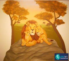 Muurschildering van een leeuwenfamilie