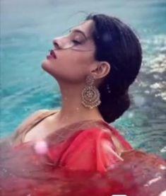 Beautiful Girl Indian, The Most Beautiful Girl, Beautiful Indian Actress, Indian Pictures, Makeup On Fleek, Makeup Transformation, India Beauty, Indian Dresses, Pretty Woman