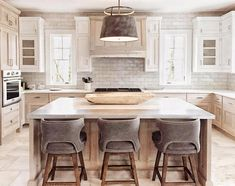 To the many designers and architects that we have worked with over the years - It is truly an honor for you to invite Mosaic House to be a… Kitchen Decor, Kitchen Inspirations, Home Decor Kitchen, Kitchen Interior, Home Kitchens, Home, Kitchen Remodel, Kitchen Renovation, Kitchen Layout