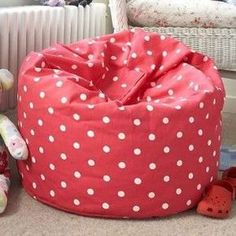 Bean bags are perfect extra seats in your home. They are portable and very comfy too. Make your own bean bags that are perfect for kids and even adults too. Super Simple DIY Kids Bean Bag Chair YOU WILL NEED: Two pieces upholstery fabric x One zipper One Bean Bag Sewing Pattern, Bag Pattern Free, Sewing Patterns Free, Free Sewing, How To Make A Bean Bag, Diy Bean Bag, Bean Chair, Kids Bean Bags, Patterned Chair