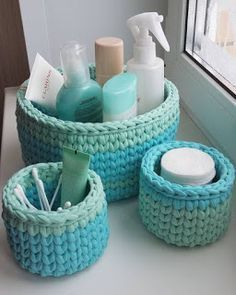 The most beautiful Crochet basket and straw models Crochet Storage, Crochet Diy, Crochet Home, Knit Basket, Crochet Basket Pattern, Crochet Patterns, Crochet Baskets, Tshirt Garn, Crochet Projects