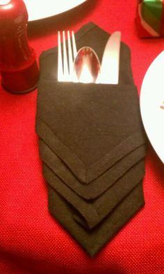 Fold a Fancy Napkin DIY: Chevron folded Napkin