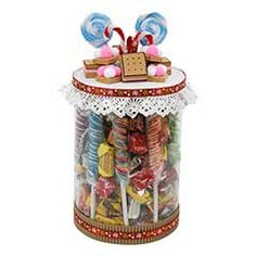 Candy Crafts, Diy Crafts, Candy Bouquet, Creative Gifts, Xmas Gifts, Hello Kitty, Projects To Try, Christmas Decorations, Hampers