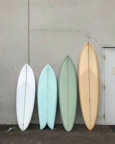Surfing holidays is a surfing vlog with instructional surf videos, fails and big waves Beach Aesthetic, Summer Aesthetic, Surf Design, Web Design, Surfboard Art, Skateboard Art, Deco Surf, Vintage Surfboards, Longboard Design