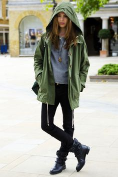 This look covers all the PNW style basics: black jeans, boots, sweater, army jacket, and cool jewelry!