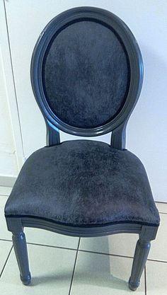 chaise medaillon en ch ne coloris noir tek import d co pinterest. Black Bedroom Furniture Sets. Home Design Ideas