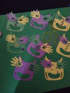 Mardi gras mask craft.