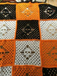 Halloween Skull Crochet Blanket/Halloween Skull Throw/Granny Square Crochet…
