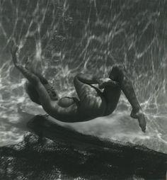 Andre De Dienes - Marilyn under water, 1950s.