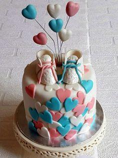 Gender reveal cake- pink inside...