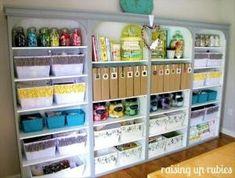 New craft room storage organisation money ideas Space Crafts, Home Crafts, Fun Crafts, Craft Space, Craft Room Storage, Craft Organization, Craft Rooms, Storage Ideas, Organizing Tips