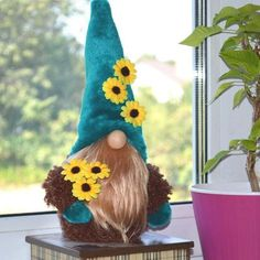 Gnome with sunflowers House gnome Scandinavian gnome Swedish Tomte Toy Present keepers of the home Housewarming Gift Good luck gift Christmas Gnome, Christmas Crafts, Christmas Decorations, Christmas Ornaments, Christmas Holiday, Holiday Decor, Scandinavian Gnomes, Scandinavian Christmas, Sunflower House