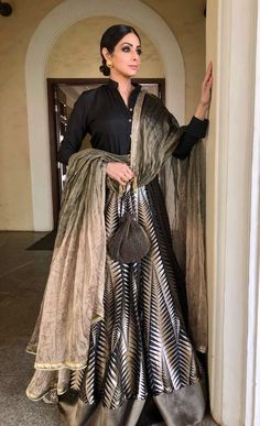 Sridevi in this tacky lehenga is the stuff of nightmares Indian Bridal Lehenga, Indian Gowns, Indian Attire, Indian Wear, Lehenga Dupatta, Red Lehenga, Anarkali, Sabyasachi Dresses, Mode Bollywood