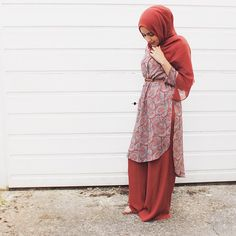 Wanted to wear my burnt orange hijab today then obviously had to find a matching top and then I went shopping and found these matching palazzos and yeah now I'm in head to toe burnt orange...  #whenonethingleadstoanother #suchacoolstory #tapfordeets