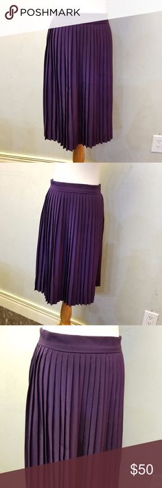 NWT American Apparel pleated skirt In perfect condition Brand new with tags American Apparel purple pleated skirt American Apparel Skirts Midi
