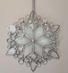 Stained Glass Ornaments, Stained Glass Christmas, Stained Glass Suncatchers, Stained Glass Lamps, Stained Glass Designs, Stained Glass Panels, Stained Glass Projects, Stained Glass Patterns, Leaded Glass