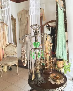 Coco & Orange Vintage Shop #vintage #decor
