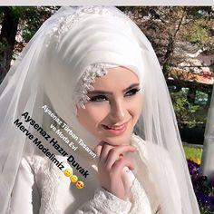 Fashion and Lifestyle Muslimah Wedding Dress, Hijab Style Dress, Muslim Wedding Dresses, Muslim Brides, White Wedding Dresses, Bridal Dresses, Muslim Girls, Dress Wedding, Bridal Hijab