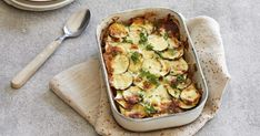 Quorn, Vegetable Pizza, Quiche, Zucchini, I Foods, Food And Drink, Keto, Vegetables, Breakfast