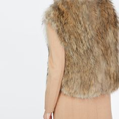 Afficher l'image d'origine Fur Coat, Jackets, Fashion, Coats, Down Jackets, Moda, Fashion Styles, Fur Coats, Jacket