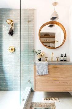 Home Decoration Bathroom Hang lavender from your shower head for added relaxation and a soothing scent. Decoration Bathroom Hang lavender from your shower head for added relaxation and a soothing scent. Magical Home, Bathroom Trends, Bathroom Ideas, Bathroom Organization, Budget Bathroom, Bathroom Inspo, Bathroom Designs, Bad Inspiration, Modern Bathroom Inspiration
