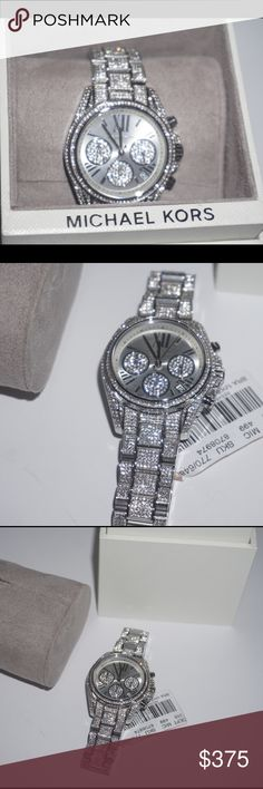 Michael Kors women's watch New!✨ comes with box and care book! Beautiful silver watch! Will accept reasonable offers so send them in! Michael Kors Accessories Watches