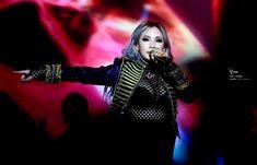 2NE1 CL AT MAMA IN HONG KONG (DECEMBER 2, 2015) Mama Awards, Lee Chaerin, Cl 2ne1, Monsta X, Shinee, Bigbang, Hong Kong, Rapper, Punk