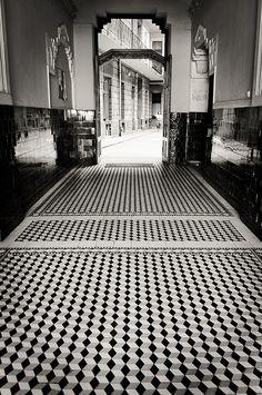 torobala Chess Table, Budapest, Railroad Tracks, Rockabilly, Egyptian, Beautiful Places, Engineering, Sidewalk, Artsy
