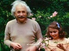 """""""Cuando propuse la teoría de la relatividad, muy pocos me entendieron, y lo que te revelaré ahora para que lo transmitas a la humanidad t..."""