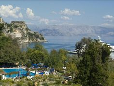 Visit Corfu, one of the most beautiful and biggest islands in Greece! Corfu has great historical and archaeological heritage,gorgeous sights,landscapes and beaches ! Find a suite in one of our hotels and experience your vacations like never before ! Book early now for 2015 and save money and time! Palace Hotel, Top 10 Hotels, Best Hotels, Corfu Town, Hotel Lounge, Fine Hotels, Greece Islands, Big Island