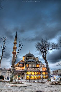 The Yeni Camii, The New Mosque or Mosque of the Valide Sultan (Turkish: 'Yeni Cami, Yeni Valide Camii') is an Ottoman imperial mosque located in the Eminönü district of Istanbul, Turkey. It is situ...